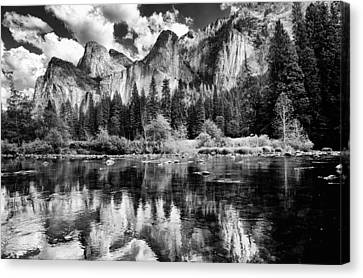 Classic Yosemite Canvas Print by Cat Connor