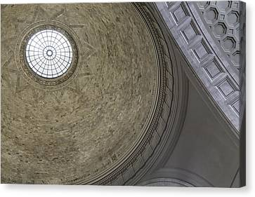Classical Dome With Oculus Canvas Print by Lynn Palmer