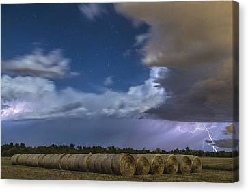 Canvas Print featuring the photograph Clearing Storm by Rob Graham