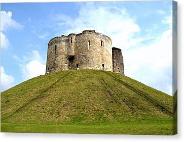 Canvas Print featuring the photograph Clifford's Tower York by Scott Lyons