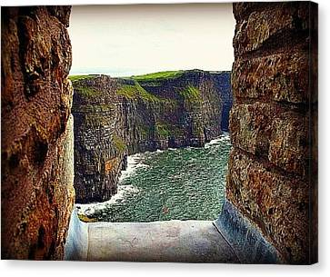 Cliffs Of Moher From O'brien's Tower Canvas Print by Tara Potts