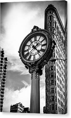 Clock Of Fifth Avenue Building Canvas Print