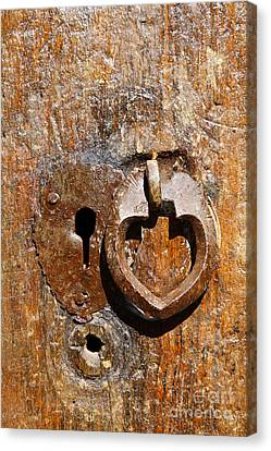 Close Up Of A Heart Shaped Lock On A Door In The Village Of Abyaneh In Iran Canvas Print by Robert Preston
