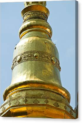 Closed Up Of Golden Pagoda In Wat Phrathat Chomkitti Temple Canvas Print by Ammar Mas-oo-di