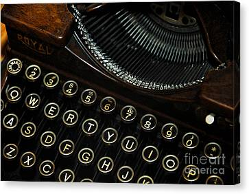 Closeup Of Antique Typewriter Canvas Print by Amy Cicconi
