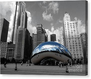 Cloud Gate B-w Chicago Canvas Print by David Bearden