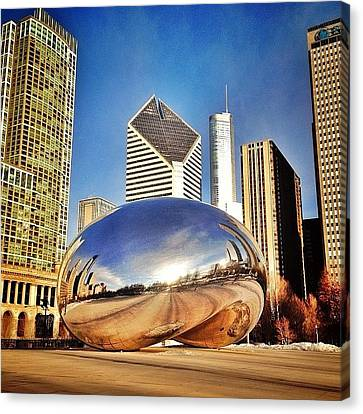 Cloud Gate chicago Bean Sculpture Canvas Print by Paul Velgos
