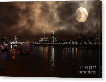 Clouds Over The River Thames Canvas Print by Doc Braham