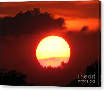 Cloudy Sunset 21 May 2013 Canvas Print by Tina M Wenger