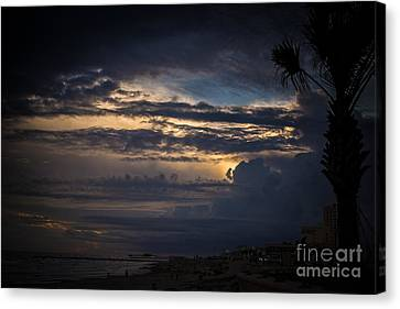 Cloudy Canvas Print by Will Cardoso