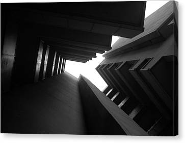 Cluster Block - Denys Lasdun Canvas Print by Peter Cassidy