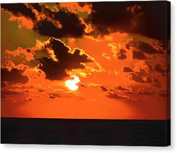 Canvas Print featuring the photograph Coco Cay Sunset by Jennifer Wheatley Wolf