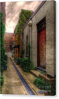 Coggin's Alley Way Canvas Print