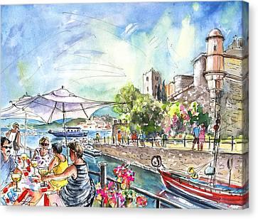 Collioure Harbour 02 Canvas Print by Miki De Goodaboom