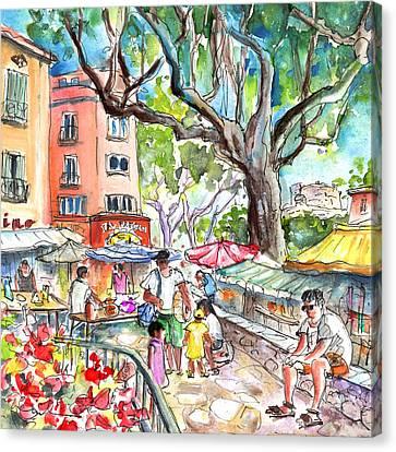 Collioure Market 02 Canvas Print by Miki De Goodaboom