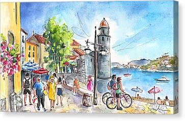 Collioure Town 01 Canvas Print by Miki De Goodaboom