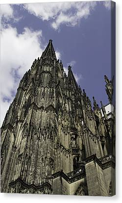 Cologne Cathedral 25 Canvas Print by Teresa Mucha
