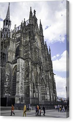 Cologne Cathedral 42 Canvas Print by Teresa Mucha
