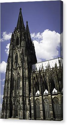 Cologne Cathedral 39 Canvas Print by Teresa Mucha