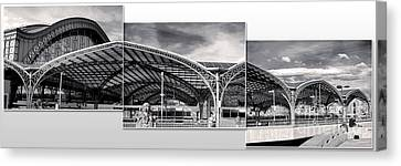 Cologne Central Train Station - Koln Hauptbahnhof - 02- Bw Canvas Print by Gregory Dyer