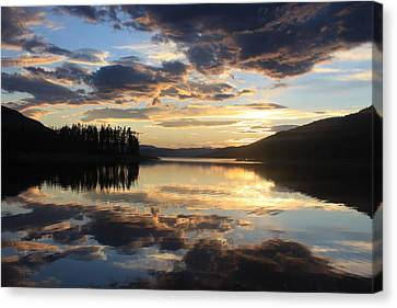 Canvas Print featuring the photograph Colorado Sunset by Chris Thomas