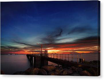 Canvas Print featuring the photograph Colorful Sunset At Hong Kong Airport by Afrison Ma