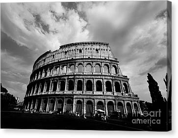 Colosseum In Black And White Canvas Print by Samantha Higgs