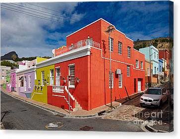colourful buildings in Bo-Kaap Canvas Print by Juergen Ritterbach