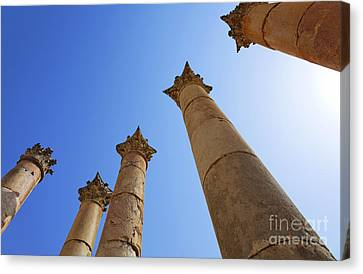 Columns At The Temple Of Artemis At Jerash Jordan Canvas Print by Robert Preston