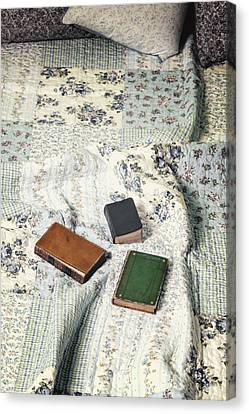 Comfy Reading Time Canvas Print by Joana Kruse