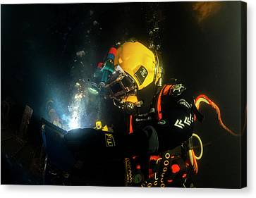 Commercial Diver Welding Canvas Print by Louise Murray