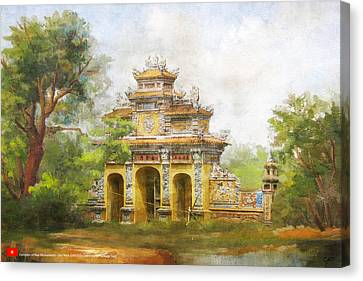 Complex Of Hue Monuments Canvas Print by Catf