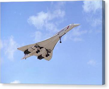 Canvas Print featuring the photograph Concorde 04 by Paul Gulliver