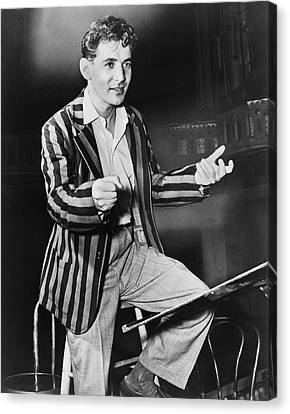 Conductor Leonard Bernstein Canvas Print by Fred Palumbo