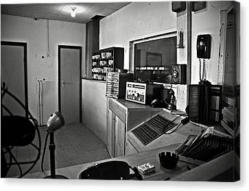 Control Room In Alcatraz Prison Canvas Print by RicardMN Photography