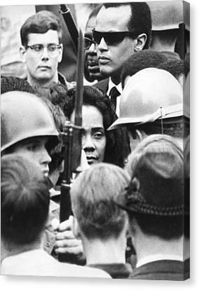 Coretta King & Harry Belafonte Canvas Print by Underwood Archives
