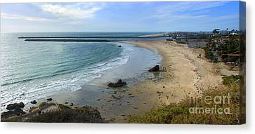 Corona Del Mar Beach View - 02 Canvas Print by Gregory Dyer