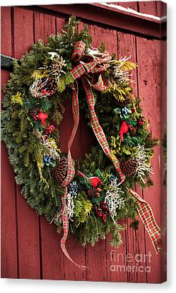 Country Christmas Wreath Canvas Print by John Rizzuto