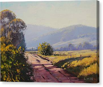 Country Road Canvas Print by Graham Gercken