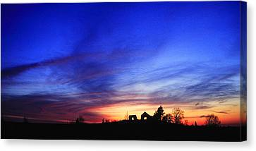 Country Sunset Canvas Print by Wendell Thompson