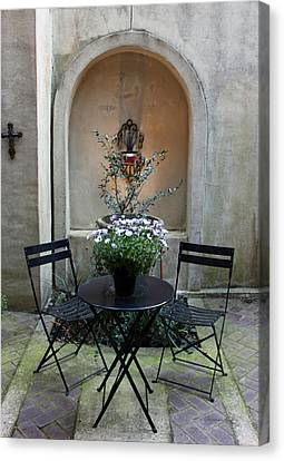 Courtyard Haven Canvas Print by Suzanne Gaff