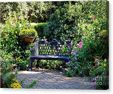 Cozy Southern Garden Bench Canvas Print by Carol Groenen