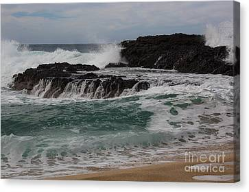 Canvas Print featuring the photograph Crashing Surf by Suzanne Luft