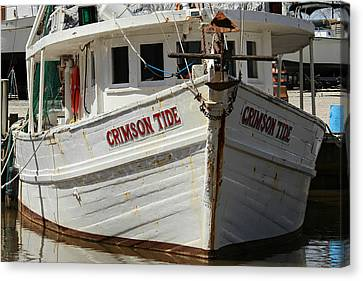 Crimson Tide At Fly Creek Marina Canvas Print by Lynn Jordan