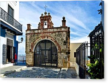 Canvas Print featuring the photograph Cristo St. Chapel by Ricardo J Ruiz de Porras