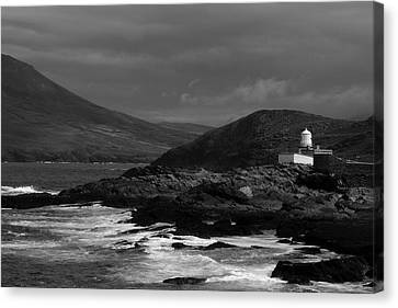 Cromwell Point Lighthouse Canvas Print by Peter Skelton