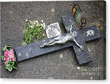 Cross Decorating A Tomb In Graveyard Canvas Print by Sami Sarkis
