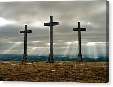 Canvas Print featuring the photograph Crosses by Rod Jones
