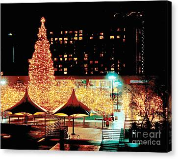 Crown Center Christmas - Kansas City-1 Canvas Print by Gary Gingrich Galleries