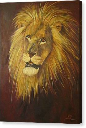 Crown Of Courage,lion Canvas Print